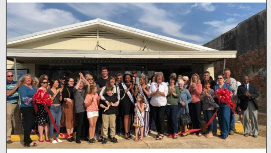 2019 04 05 paper pushers ribbon cutting